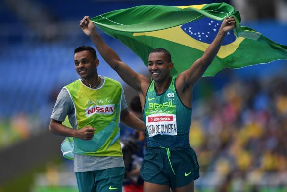 Brasil chega a 48 medalhas na Paralimpíada do Rio e supera recorde de Pequim