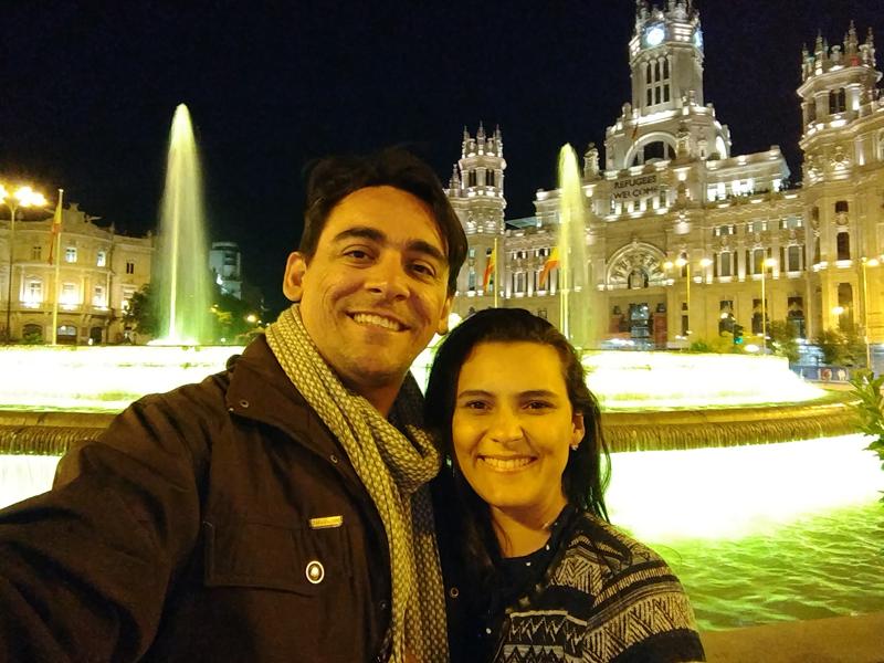 Professor Deleon e esposa conhecendo as belezas de Portugal e Espanha