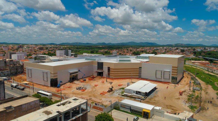 Loja Loucos Por Capinhas também confirma instalação no Patos Shopping