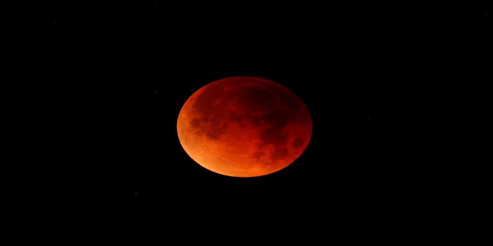 Mais longo eclipse lunar do século terá lua de sangue