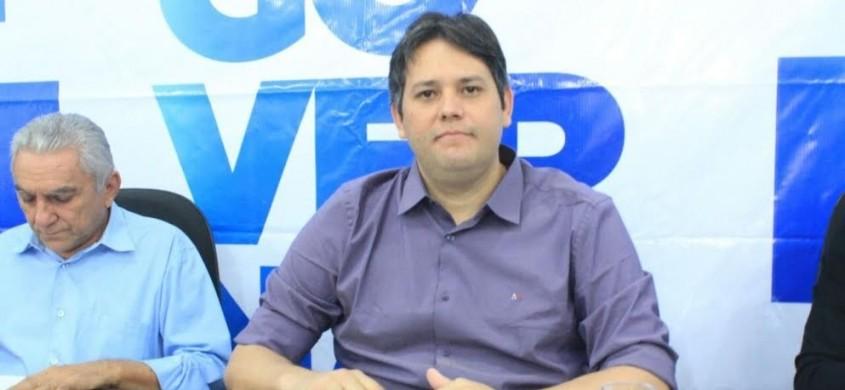 Prefeito Dinaldo Filho se recusa a receber intimação para apresentar defesa na Câmara