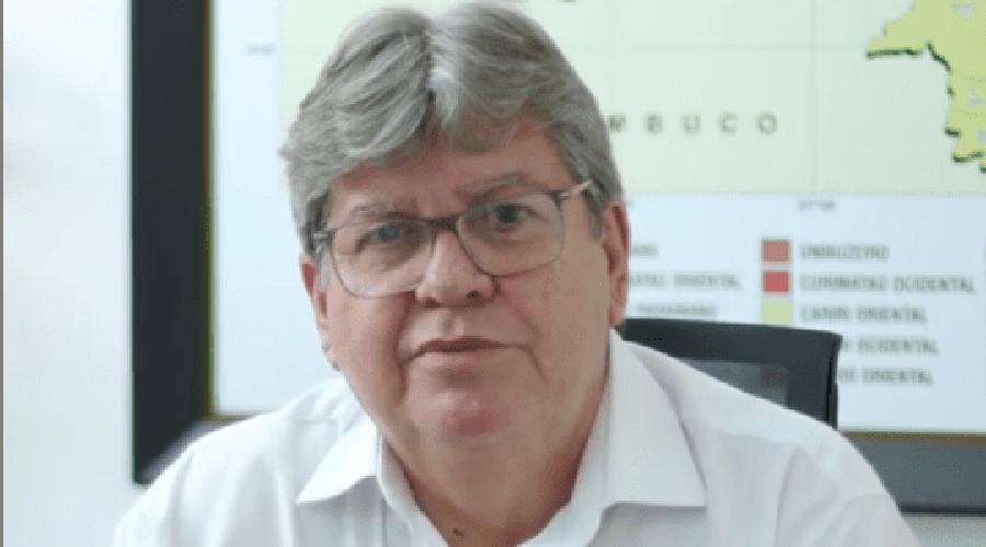 Governador anuncia pagamento da primeira parcela do 13º salário dos servidores