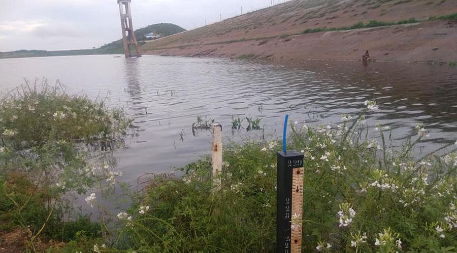 Açude de Coremas pega mais 17 centímetros d'água