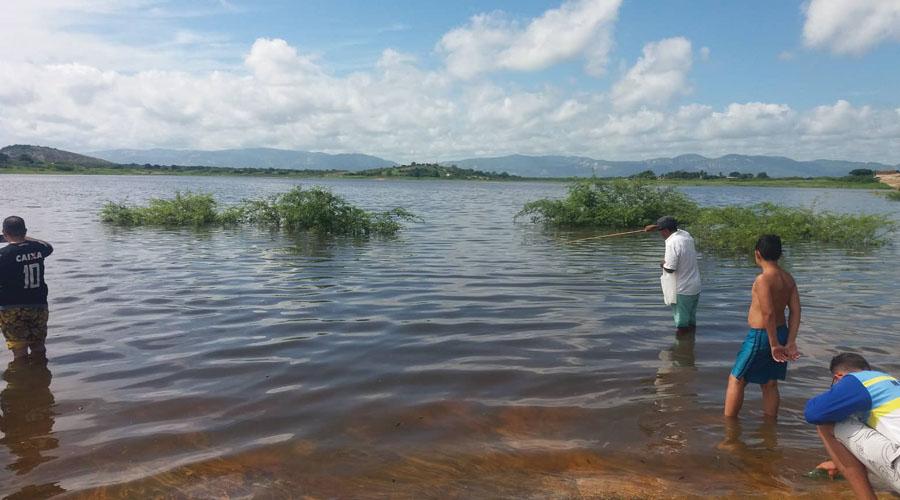 Açude do Jatobá pegando muita água no dia de hoje