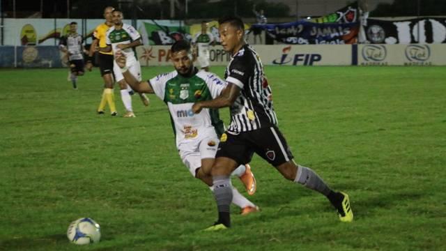 Nacional de Patos perde de virada para o Botafogo