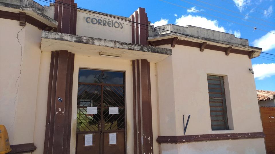 Agência dos Correios de Teixeira continua fechada e população pede providências