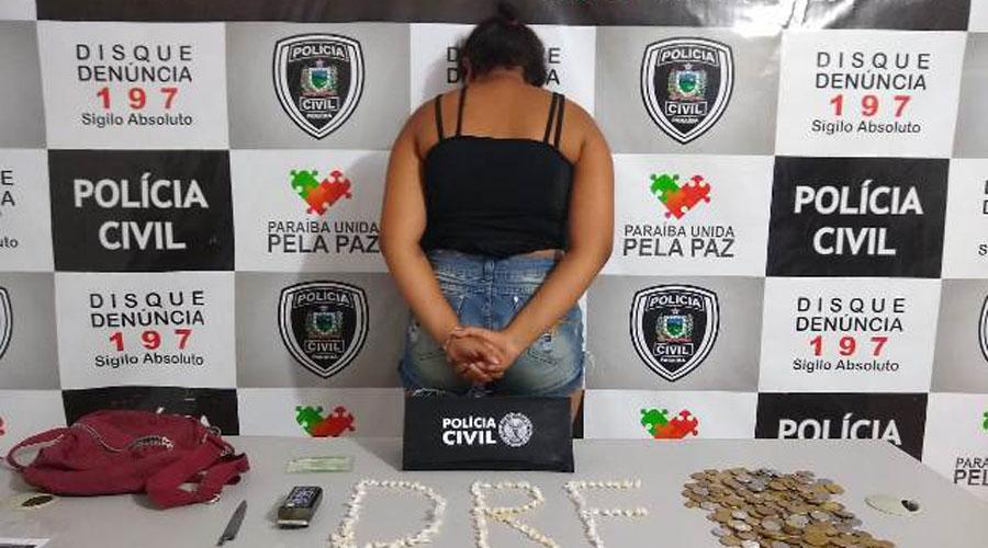 Polícia Civil prende mulher suspeita de tráfico de drogas em Patos