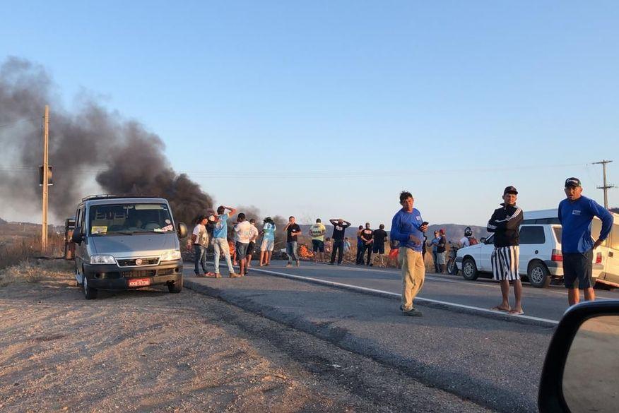 Alternativos encerram protestos e rodovias são liberadas na Paraíba