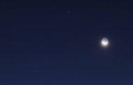 Espetáculo de Lua e Saturno em conjunção neste sábado