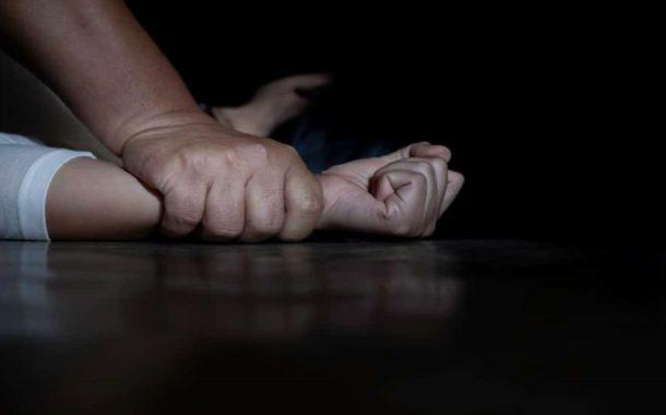 Mulher é retirada de casa e estuprada por seis homens em Santa Rita, diz polícia
