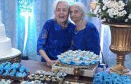 Idosa comemora cem anos de idade em Patos e posa com a irmã de 94 anos